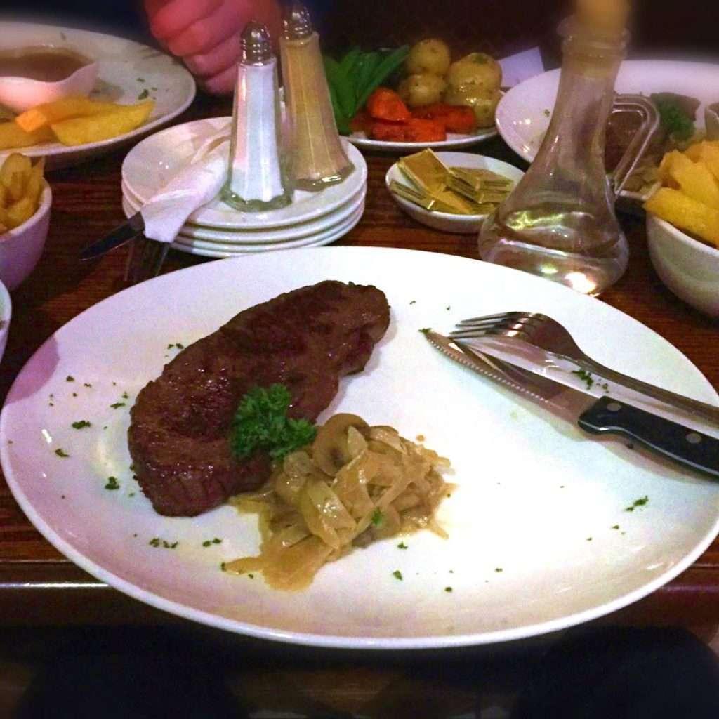 McKevitts-SteakNight1