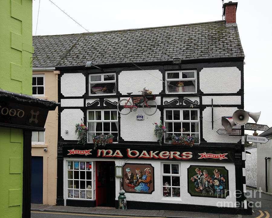 ma-bakers-pub-carlingford-ros-drinkwater